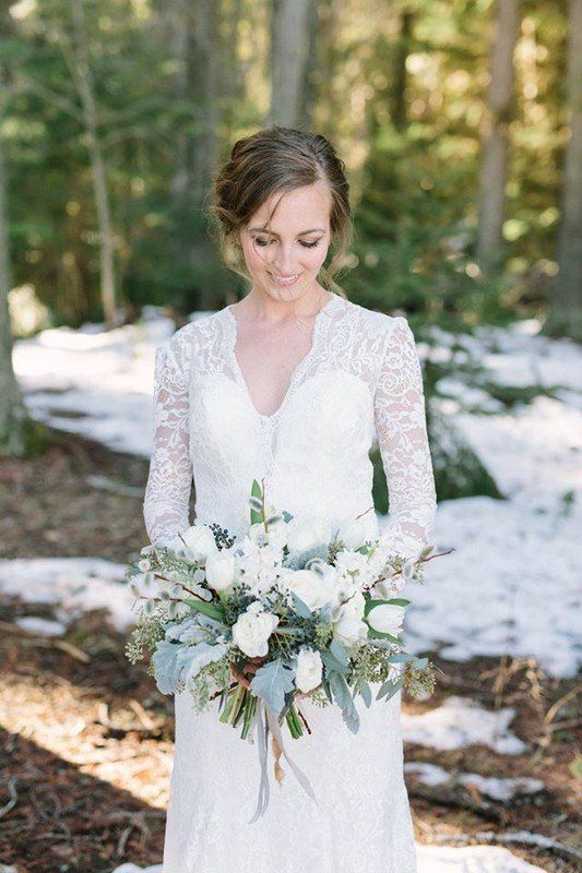Winter Wedding Bouquet Idea With White Flowers Lamb S Ears And