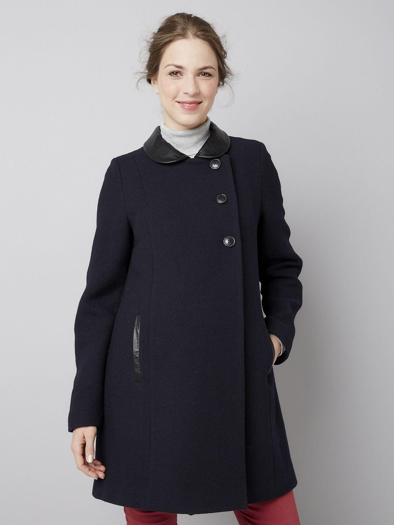 Chic et chaud, le manteau en laine majoritaire spécial future maman est un  bon pion pour vos looks city ! Manteau de grossesse à boutonnage asymétriqu e434762efc3
