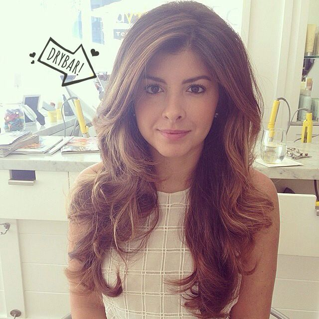Blowout Hairstyle Glamorous Drybar #drybardos #straightup #blowout #prettyhair  Hair