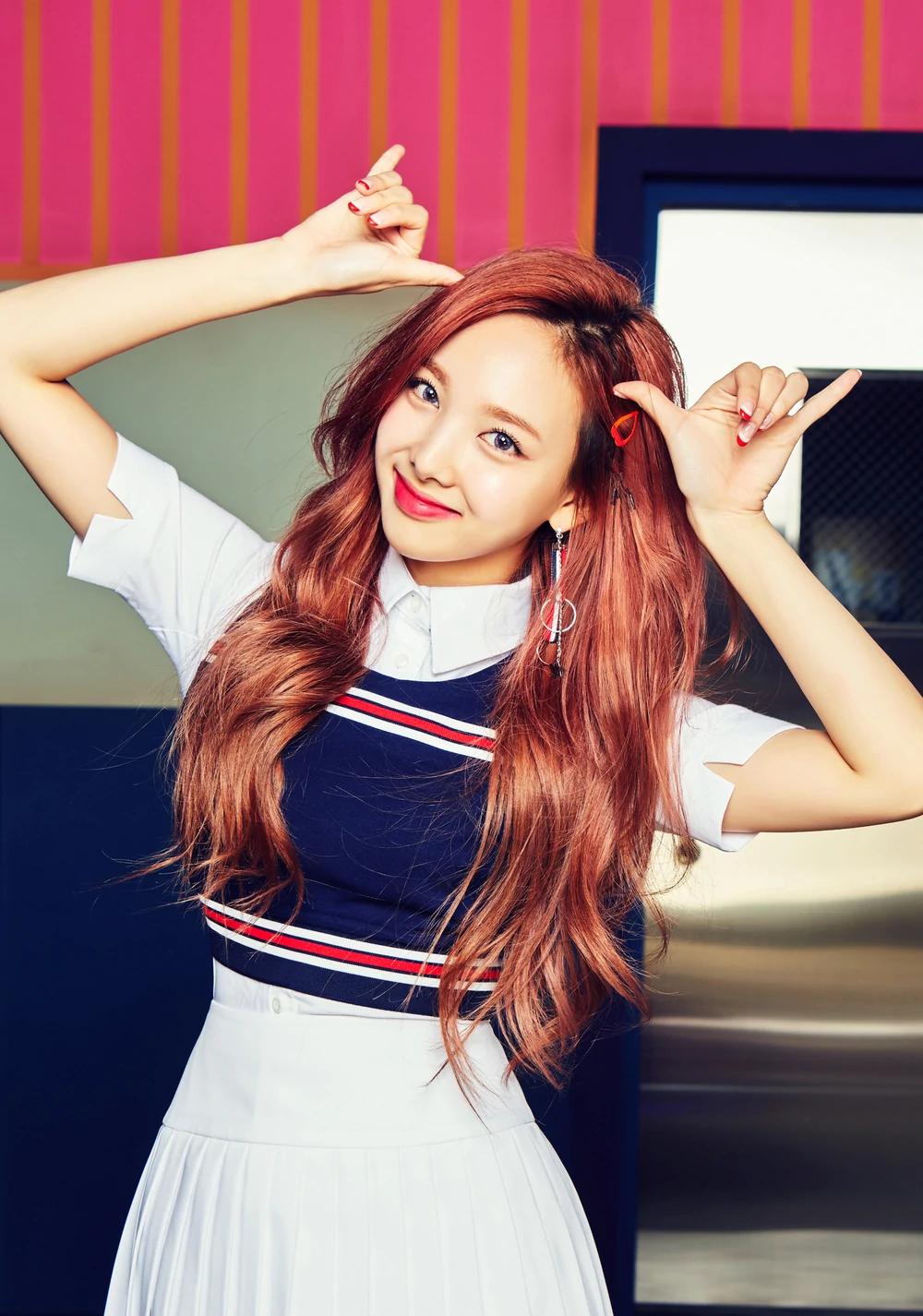 Nayeon Twice Gallery Kpop Wiki Fandom Powered By Wikia Nayeon Twice Nayeon Twice