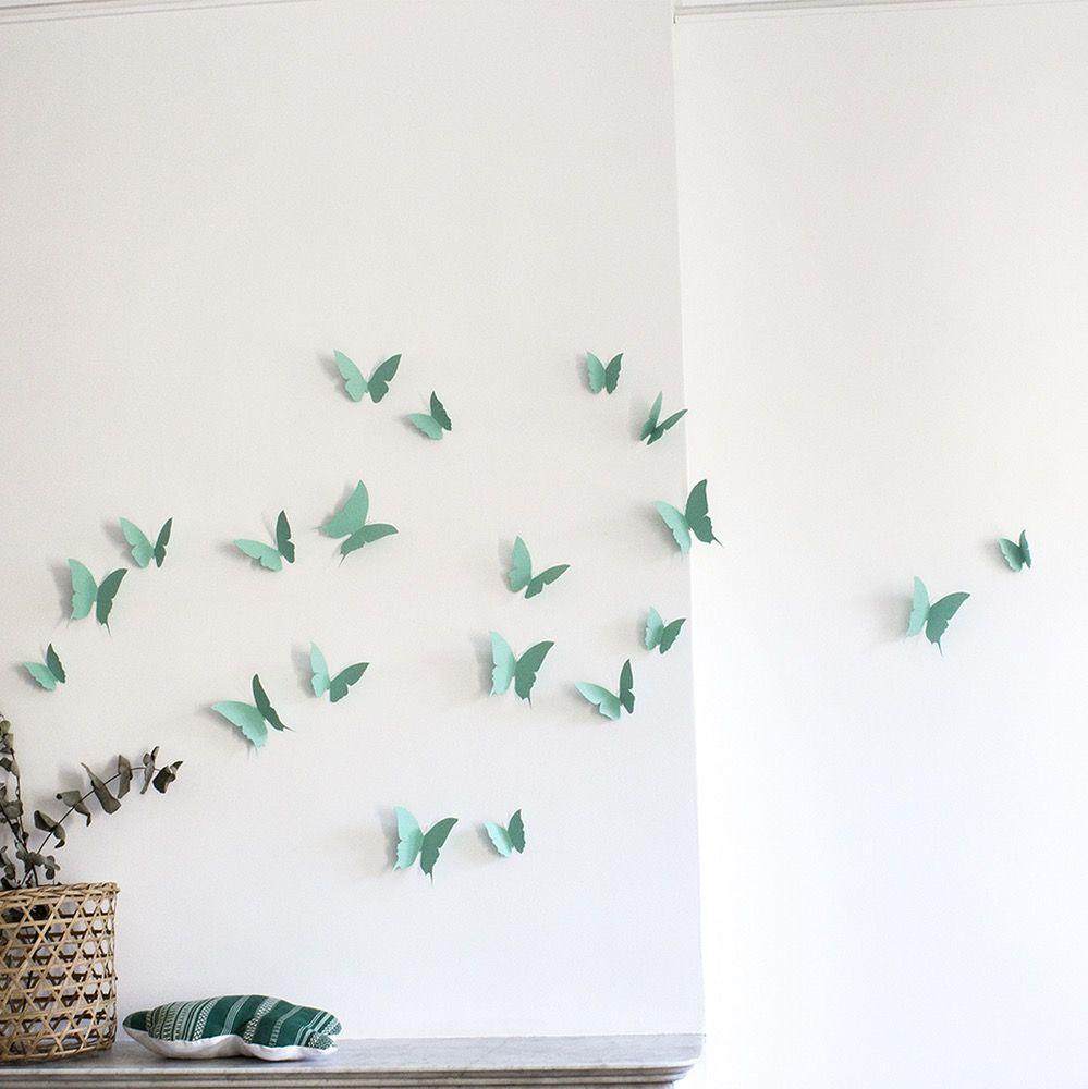 Image of Envolée de papillons menthe {Mint butterflies flight