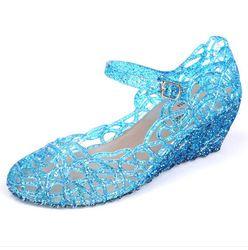 Frozen shoes.