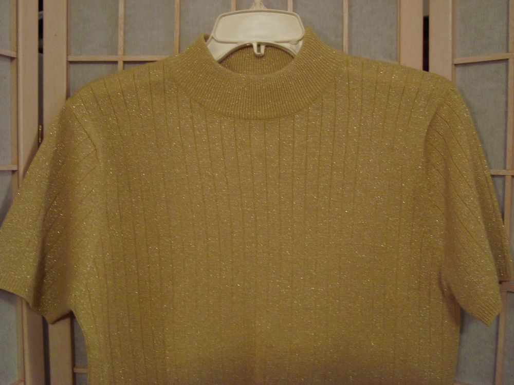 Sag Harbor Petite Sz M Gold Shimmer Crewneck Knit Sweater Top W/Short Sleeves #SagHarborPetite #KnitSweaterTop