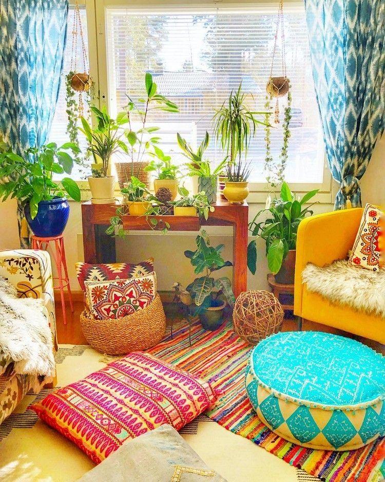 A cute, lively, colorful Bohemian corner, a home decor idea to refresh your home. #bohemian #bohoroom #bohocorner #colorfulhomedecor