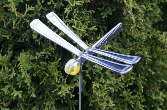 Very Merry Vintage Syle Sheffield Garden Walk Pretty: Yellow Eyed Dragonfly Garden Art Plant Pick From Stainless Silverware