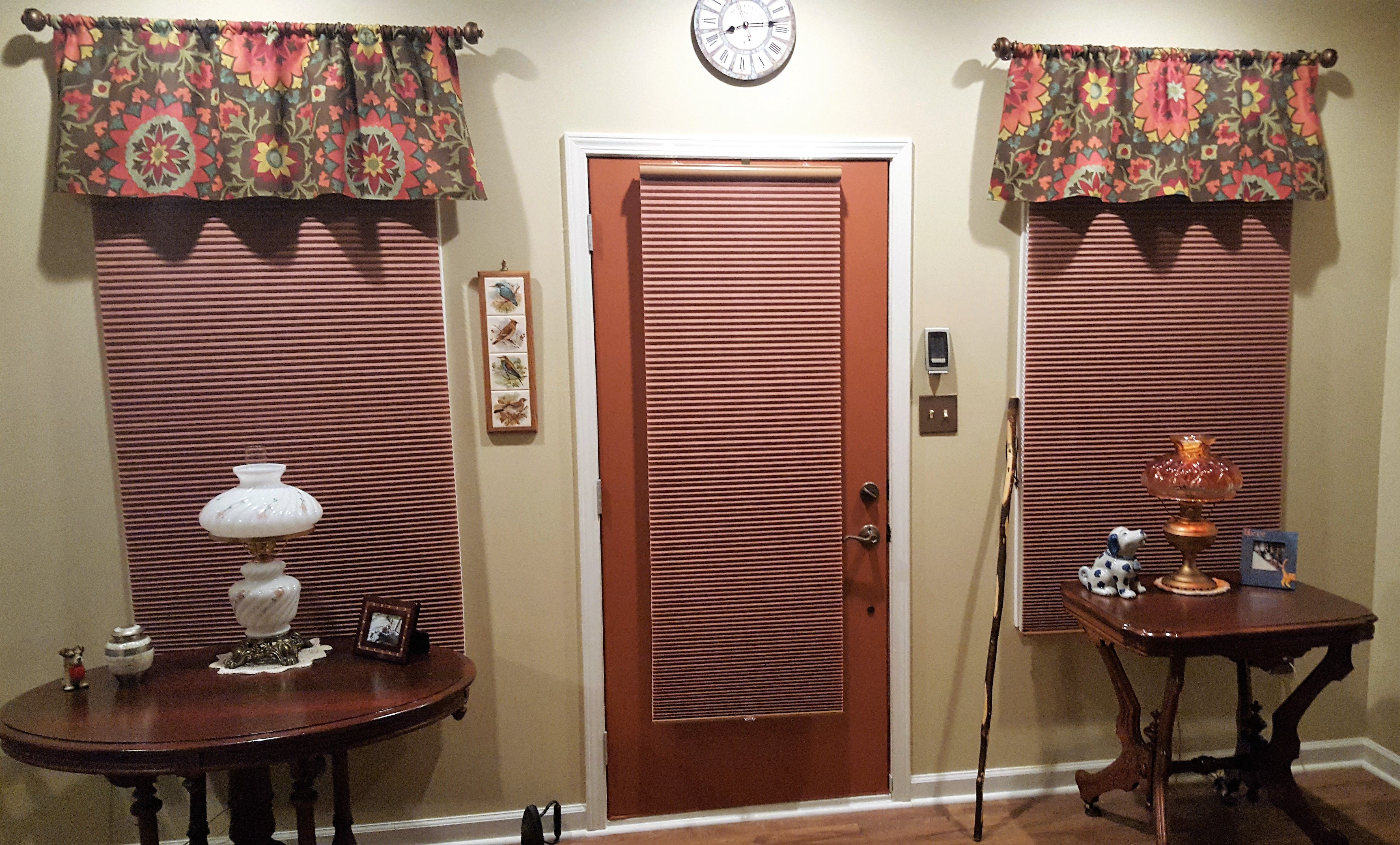 Painted interior front door to match the blinds u decor home