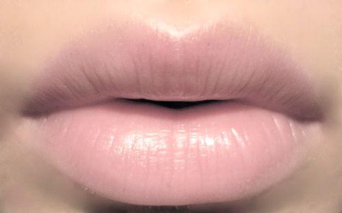 Soft Pink Lips Lips Lipstick Makeup Kiss Me Pout Mouth