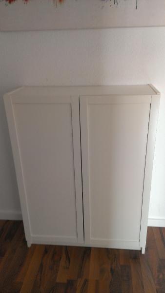 Weiße Kommode von IKEA