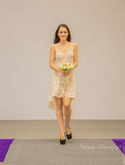 Купить или заказать Платье  Афродита  в интернет-магазине на Ярмарке  Мастеров. Нежное 8112c176818