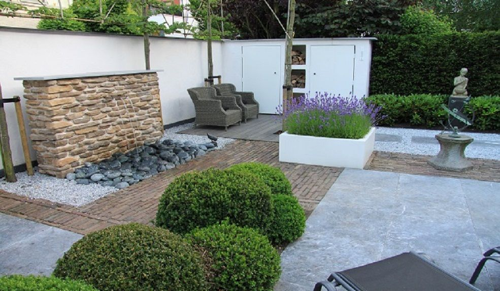 Moderne tuin met lavendel gartengestaltung in 2018 garden