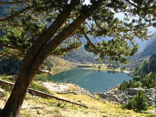 L'Estany de Besiberri. - Vall de Besiberri, a tocar del Parc Nacional d'Aigüestortes i Estany de Sant Maurici (Alta Ribagorça)