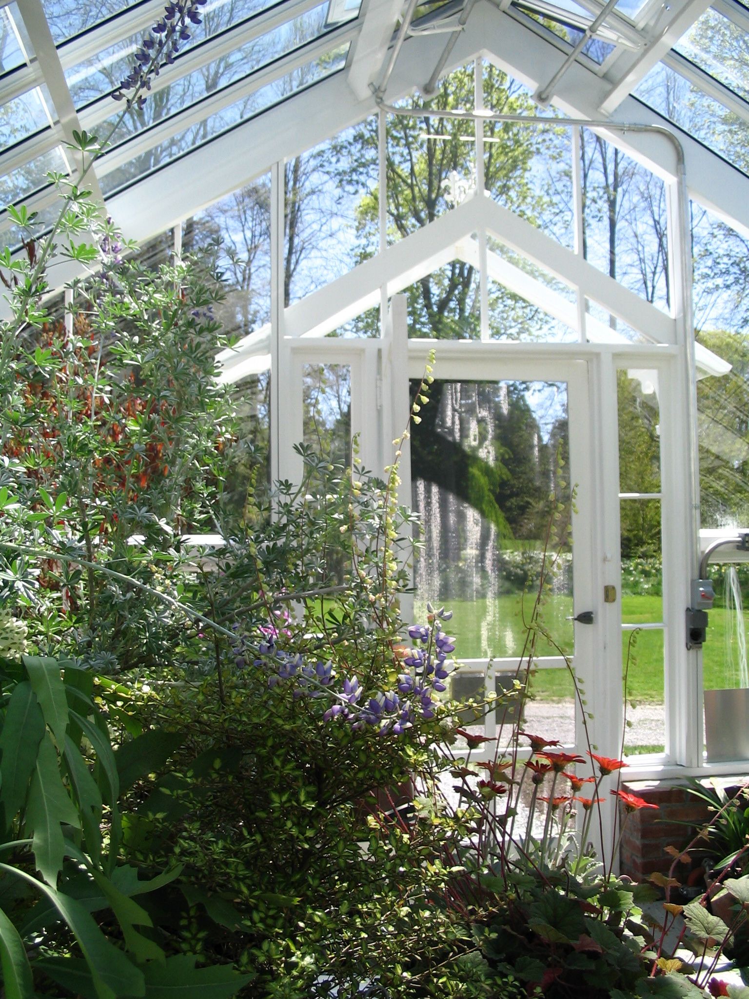 Surprising English Style Greenhouses Solar Innovations Gives Tips On Home Interior And Landscaping Ponolsignezvosmurscom