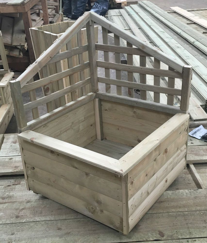Garden Corner Planter With Trellis Pressure Treated Timber Wood