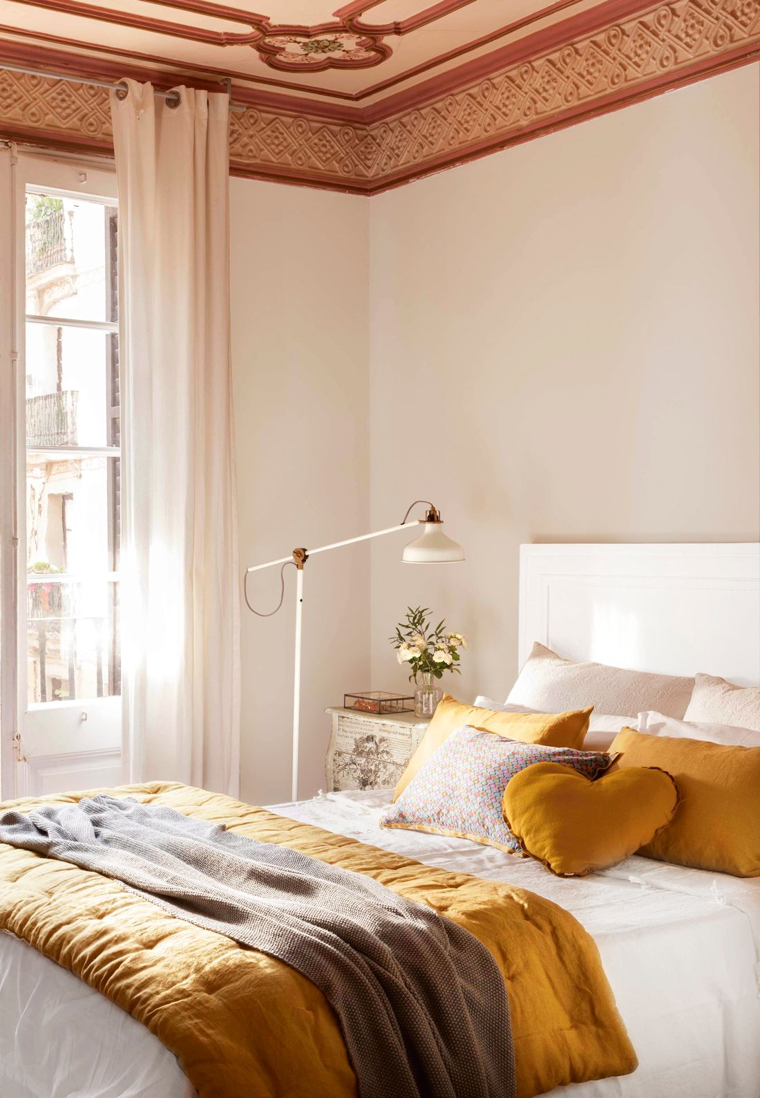 Cabecero De Cojines Terciopelos Que Abrazan In 2019 Hab Bedroom Color Schemes