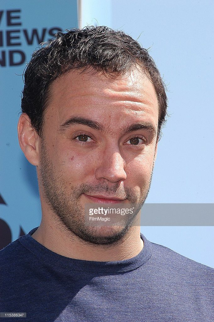 Dave Matthews attends YoungHollywood com at the Young