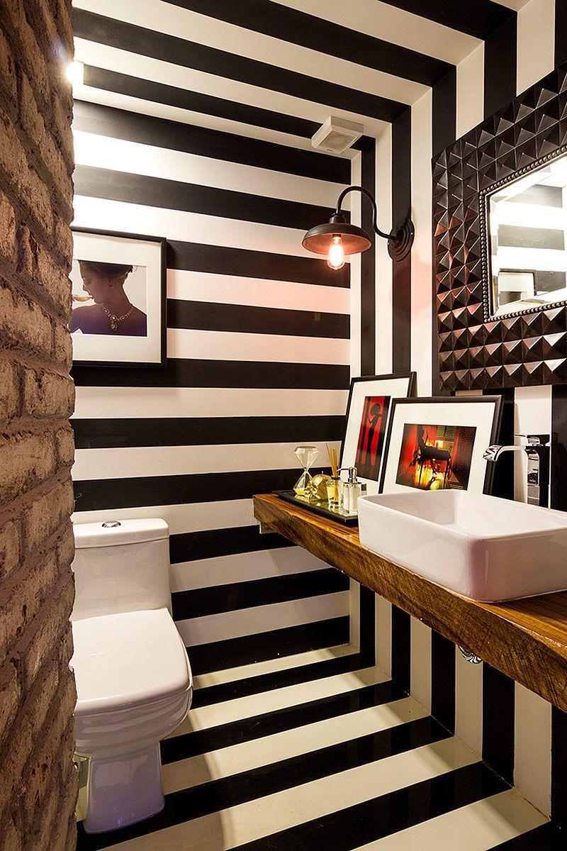 Decoraci n con paredes expresivas ba os cool for Banos de visita pequenos
