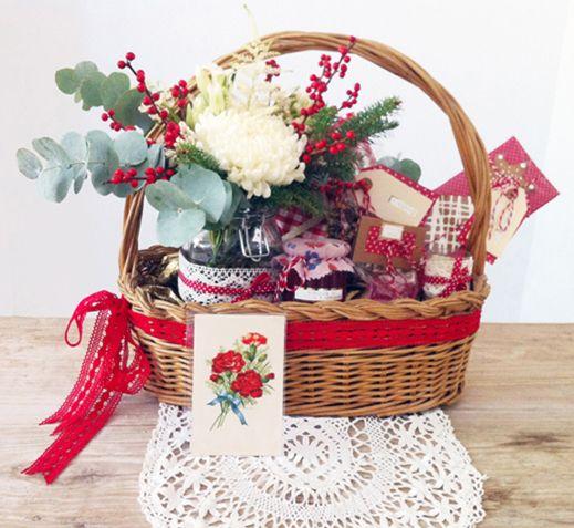 La cesta de mimbre grande con asa cestas pinterest - Como decorar una cesta de mimbre ...