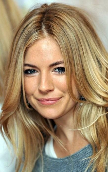 Sienna Miller hair color looks: Awesome.