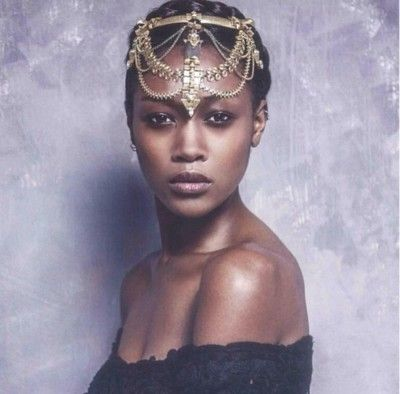 gorgeous head chain! ..wonder if I can recreate this..