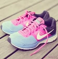 Bayan Spor Ayakkabi Nike 2015 Ile Ilgili Gorsel Sonucu Nike Ayakkabilar Kosu Ayakkabilari Nike