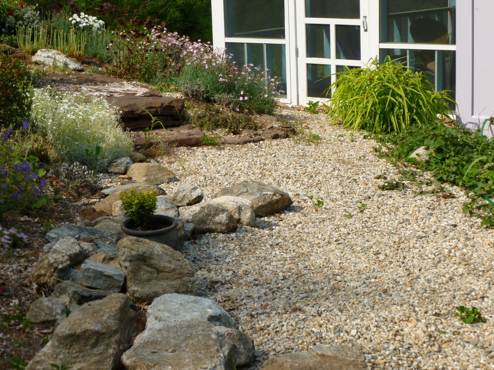 Image result for colored gravel patio designs | backyards ...