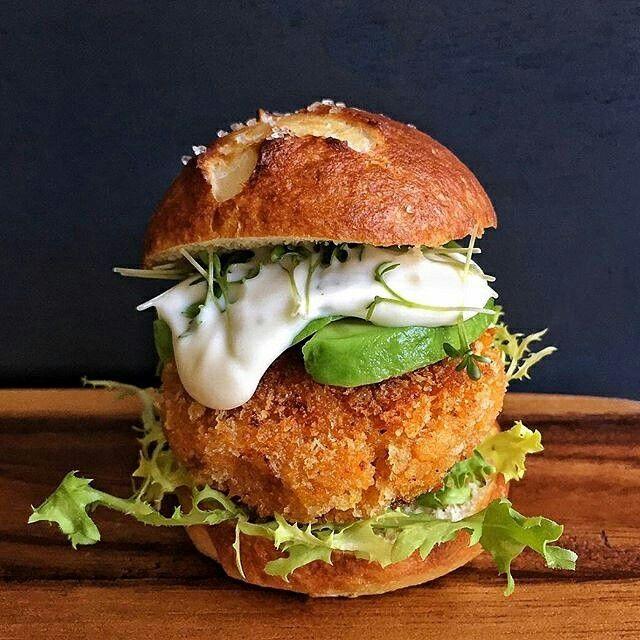 Así almuerzo hoy viernes, gran idea de @cravinginamsterdam   #food #foodie #yummy #instagood #lunch