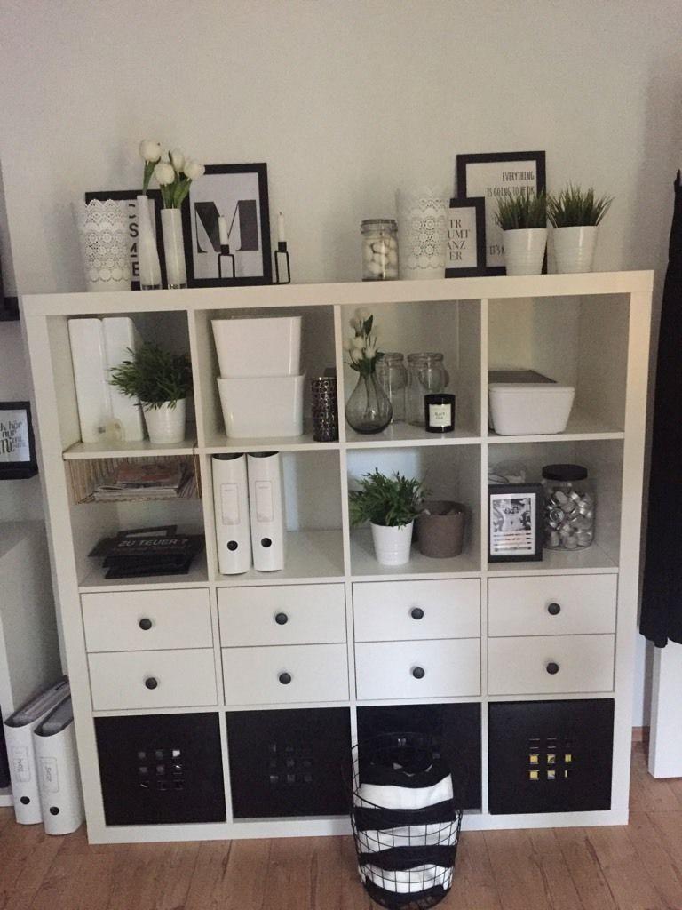 Ikea Kallax black and white | Weißes schlafzimmer dekor, Ikea ...