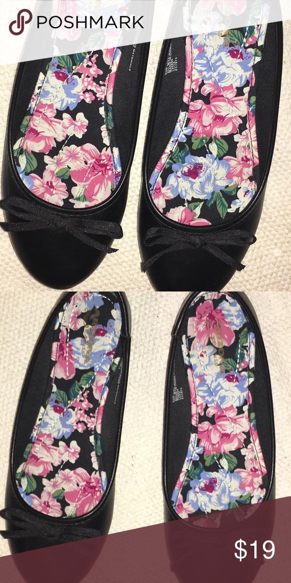 39d9220456a7 Simple Black Ballet Flats (size 6.5) -Plain black minimalist flats -Sturdy  and