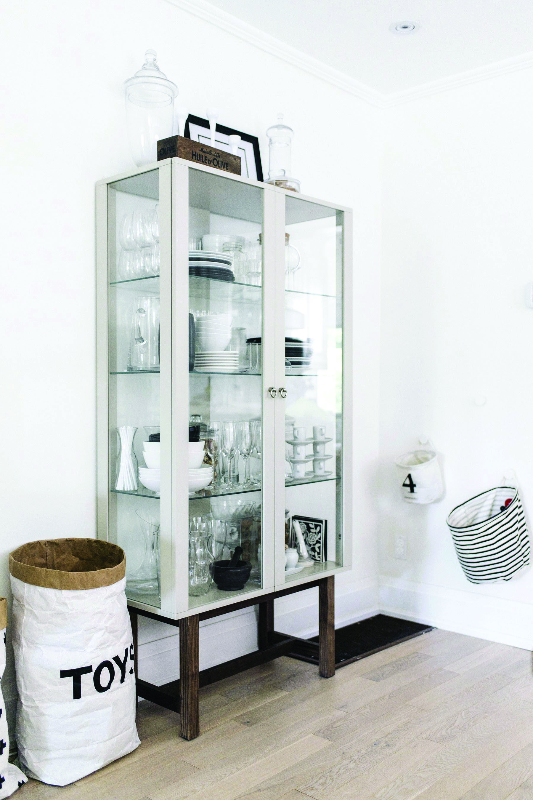 10 Classy Dining Room Storage Space Tips Homes Tre Dining