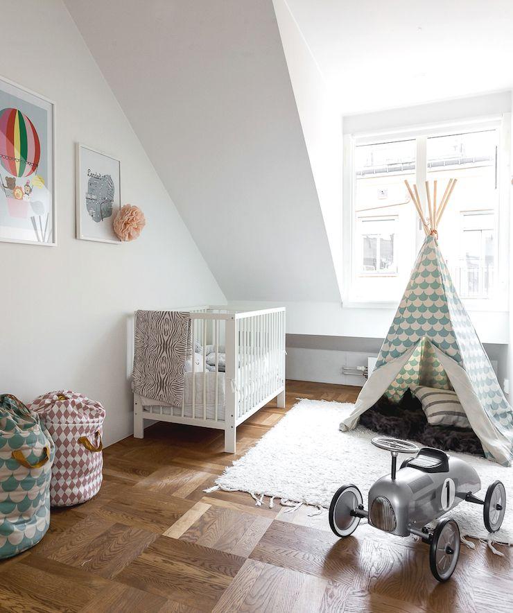 attic apartment in stockholm 10 dachgeschosshausdekodachwohnungwohnung designkinderzimmerromansneutral schulencleveres design - Kinderzimmer Dekoration In Schulen