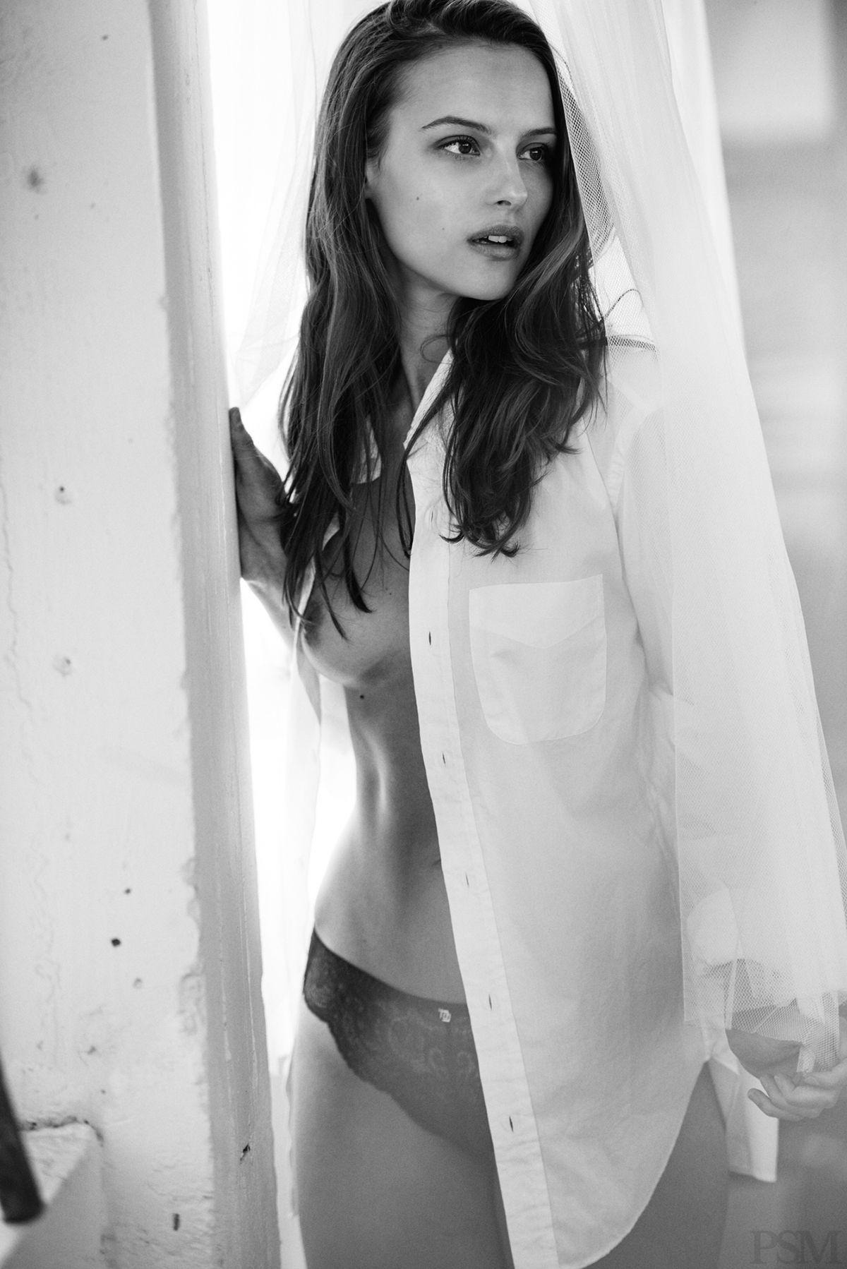 Emma Paterson Nude Photos 58