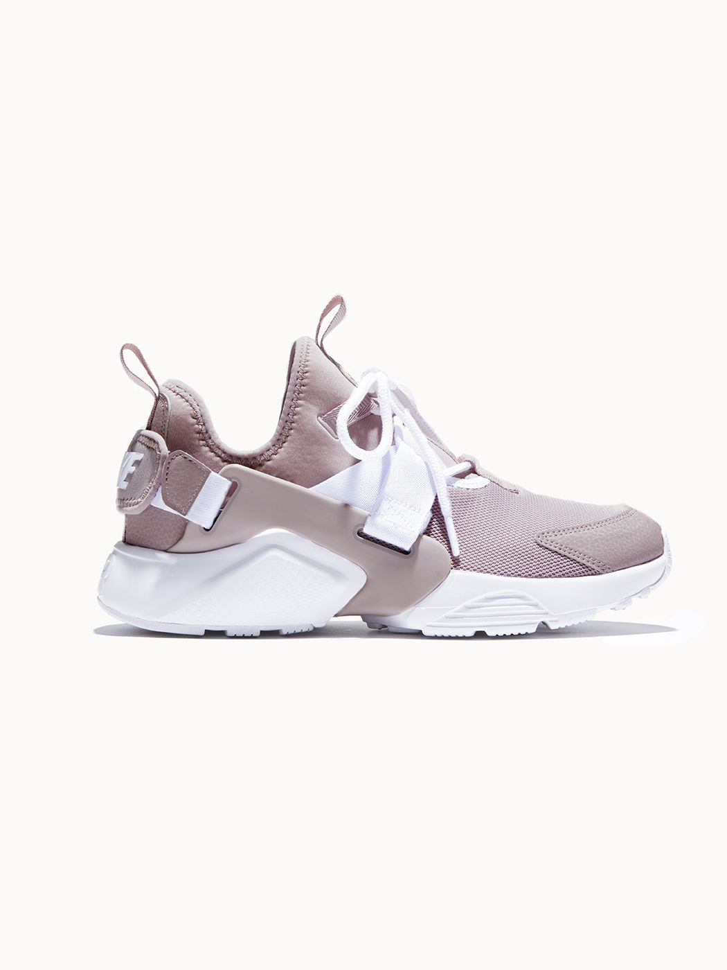 5f2ba800cdce NIKE Nike Air Huarache City Low Particle Rose Particle Rose-White SNEAKERS