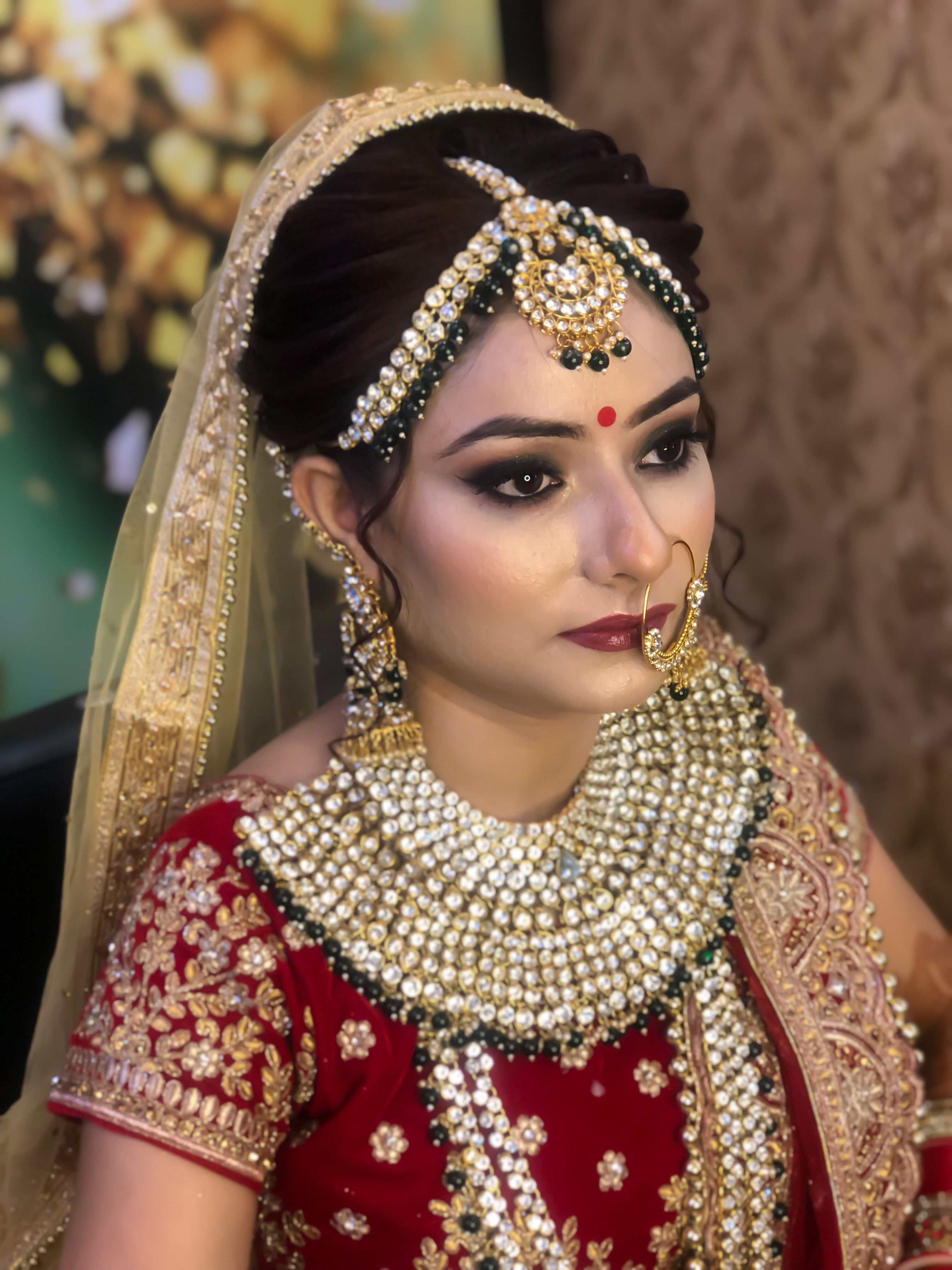 """Get the best makeup done by Inztyla """"Makeup Academy in"""