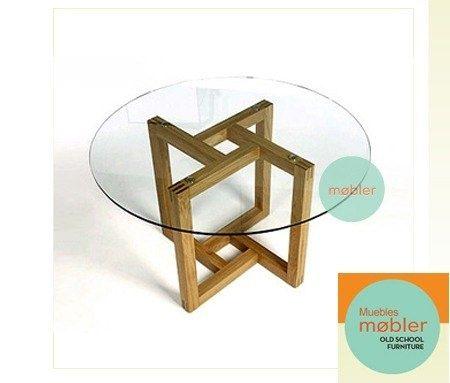 Moderna mesa de comedor redonda en vidrio y madera maciza for Mesa redonda esquinera