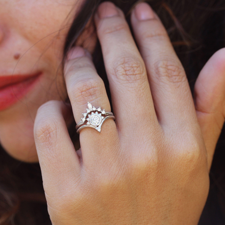 Diamond Unique Engagement Rings Set Valentia Romi Diamond