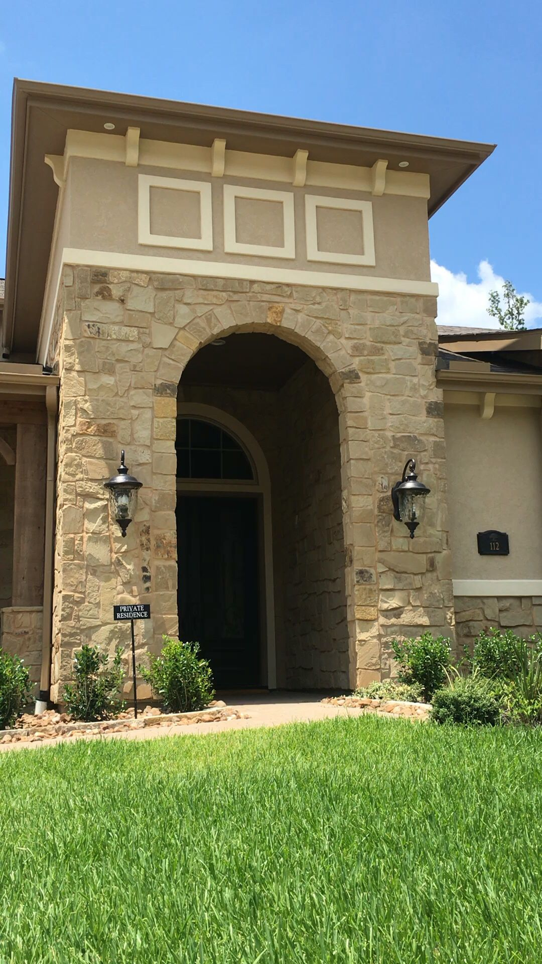 Tumbleweed Tan Chop By Legends Architectural Stone Driveways And