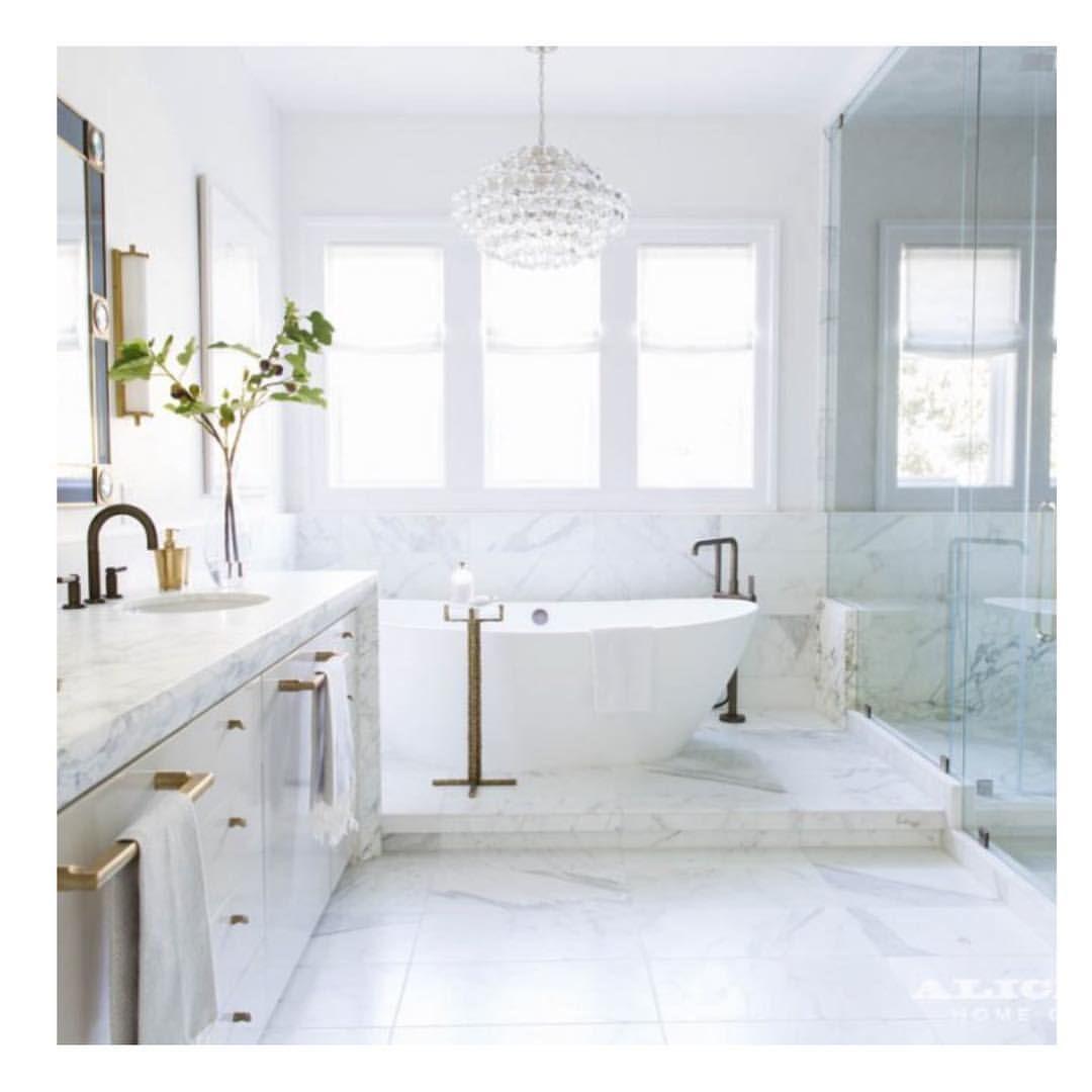 White bathroom design.   Luxury homes dream houses, Alice ...