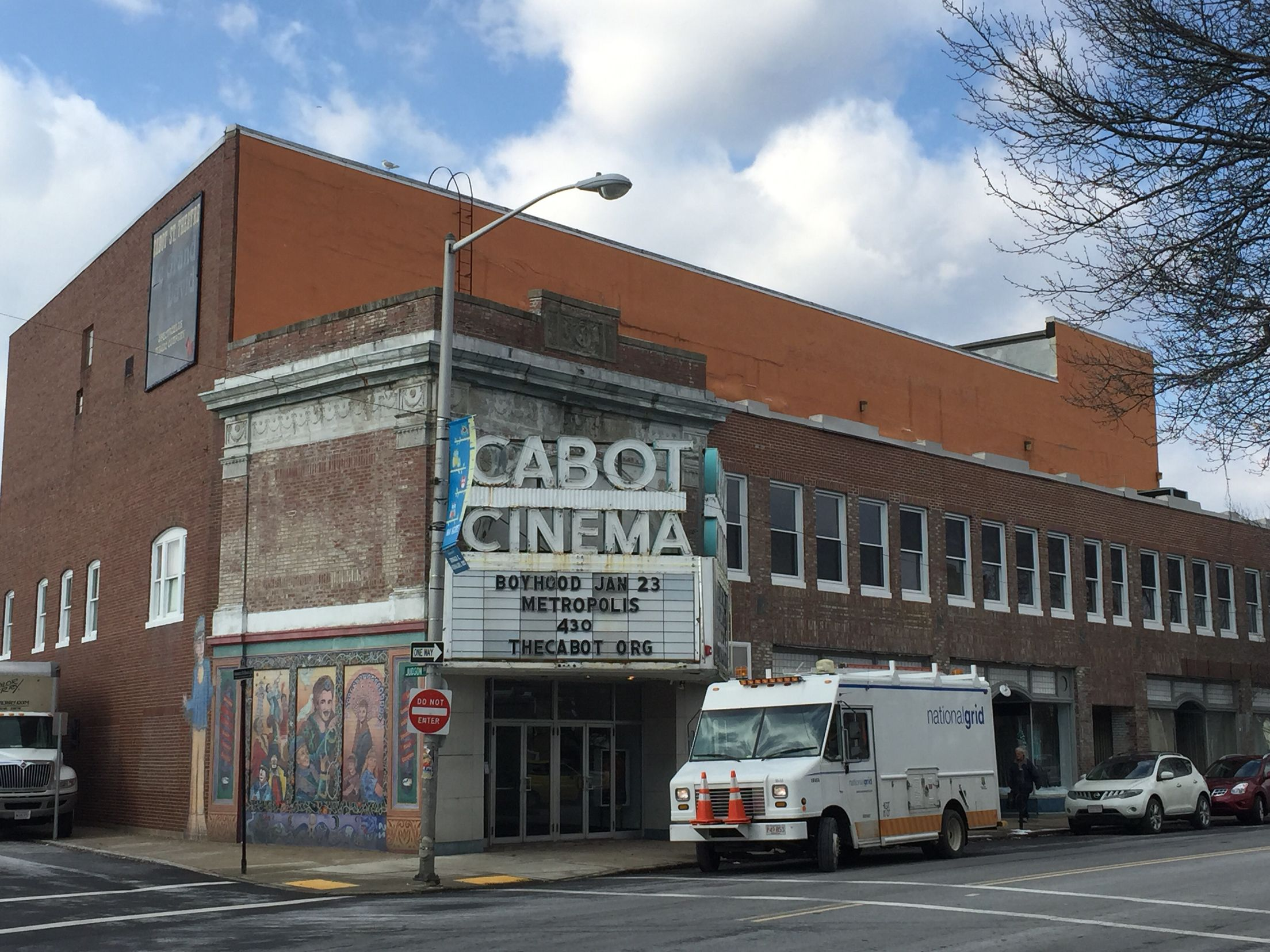 Cabot Theater in Beverly