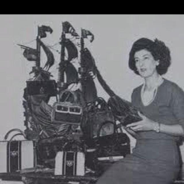 Roberta Di Camerino and her bags