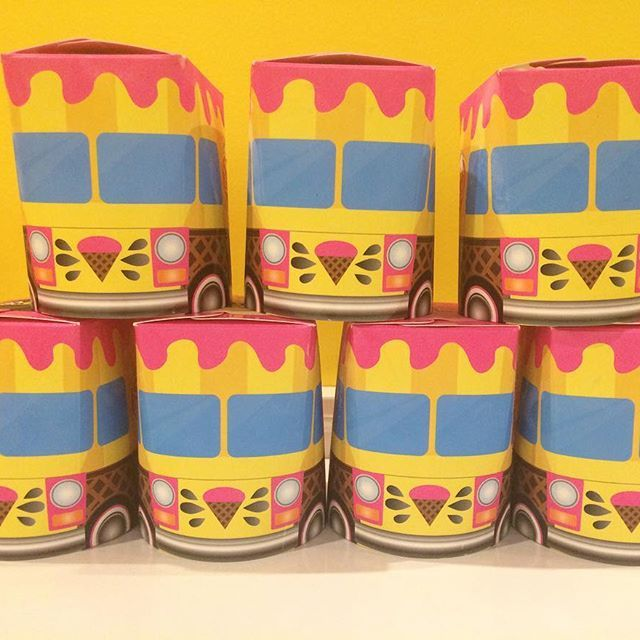 You don't even have to gift wrap these cute pints of ice cream from Roxy's! Plus, wrapping paper just means it takes longer to eat the ice cream. #local #okc #mothersday