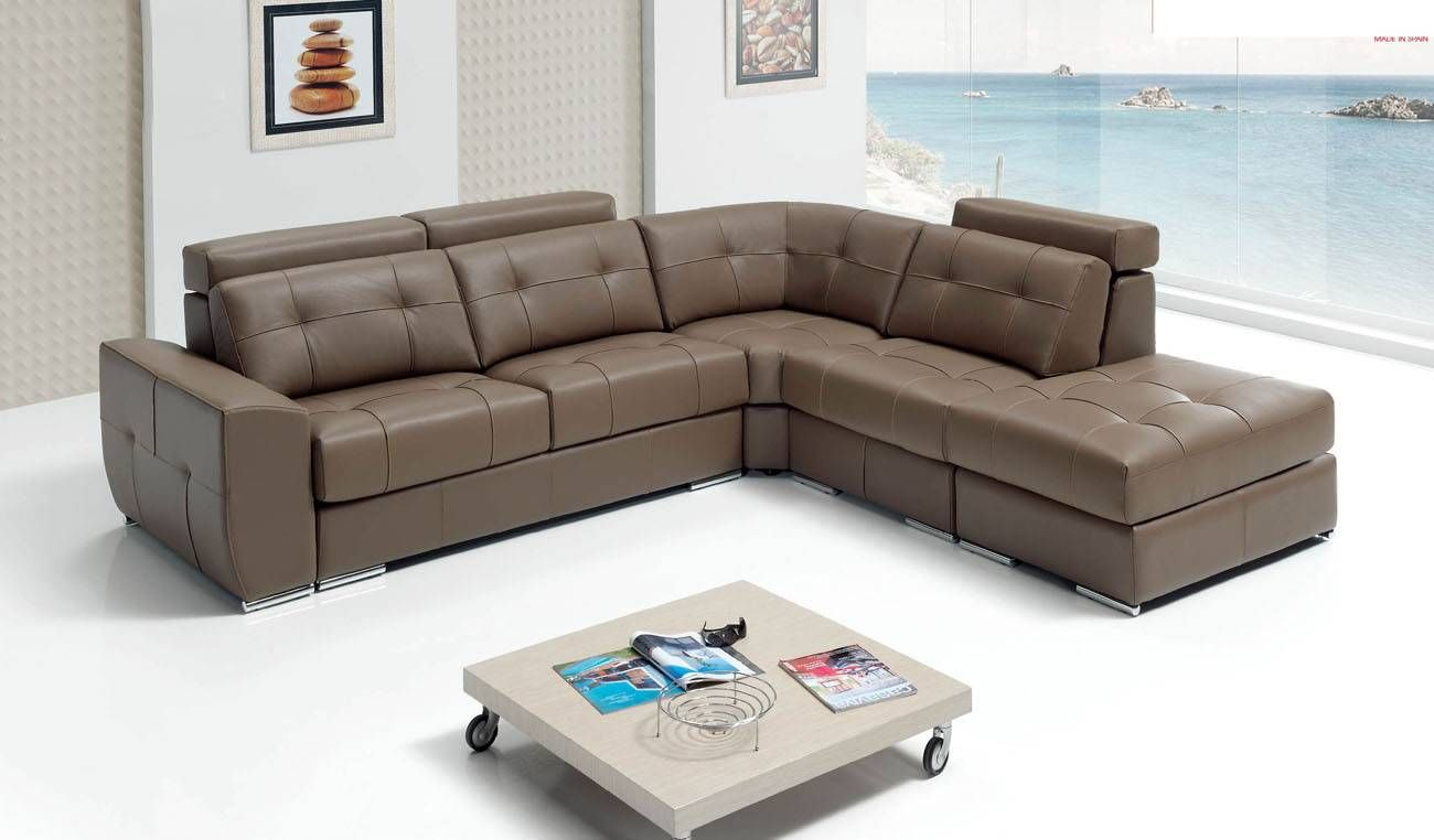 Contemporary Sectional Sleeper In Italian Leather Sectional Sleeper Sofa Sectional Sofas Living Room Esf Furniture