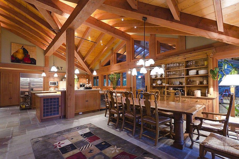 Luxury woodland property in Whistler Adelto Luxury ski