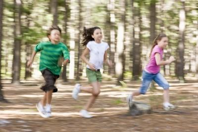 Kindergarten Games in Gym | Actividades, Jardín de infantes y Gimnasio