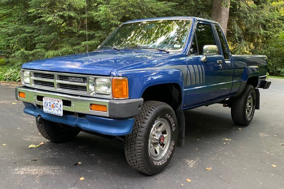 1987 toyota 44 pickup xtracab sr5 5speed toyota