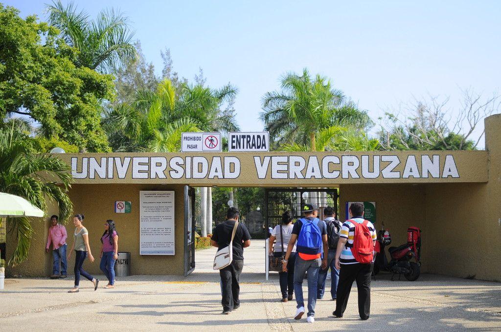 """#Entérate #UV """"no tiene dinero, ni siquiera para pagar la próxima nómina"""": MAYL http://elportal.mx/uv-no-tirnr-dinero-ni-siquiera-para/ …"""