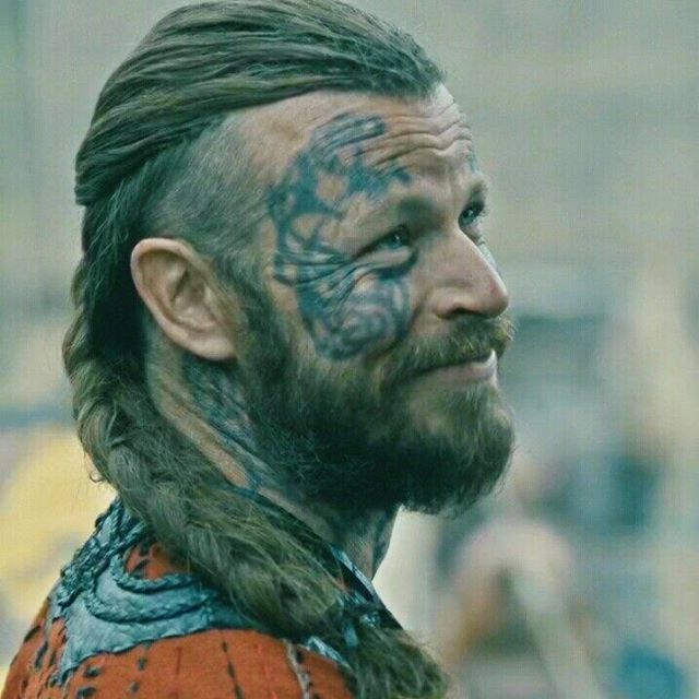 King Harald Finehair played by Peter Franzén ........Vikings , Season 4