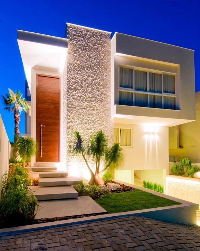 Fachadas de casas de sobrados veja 50 modelos lindos for Casas modernas y baratas