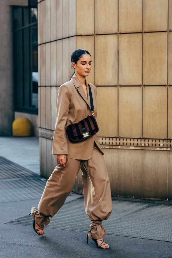 Photo of The style crowd may be feeling Fashion Month fatigue but youd never know it from…