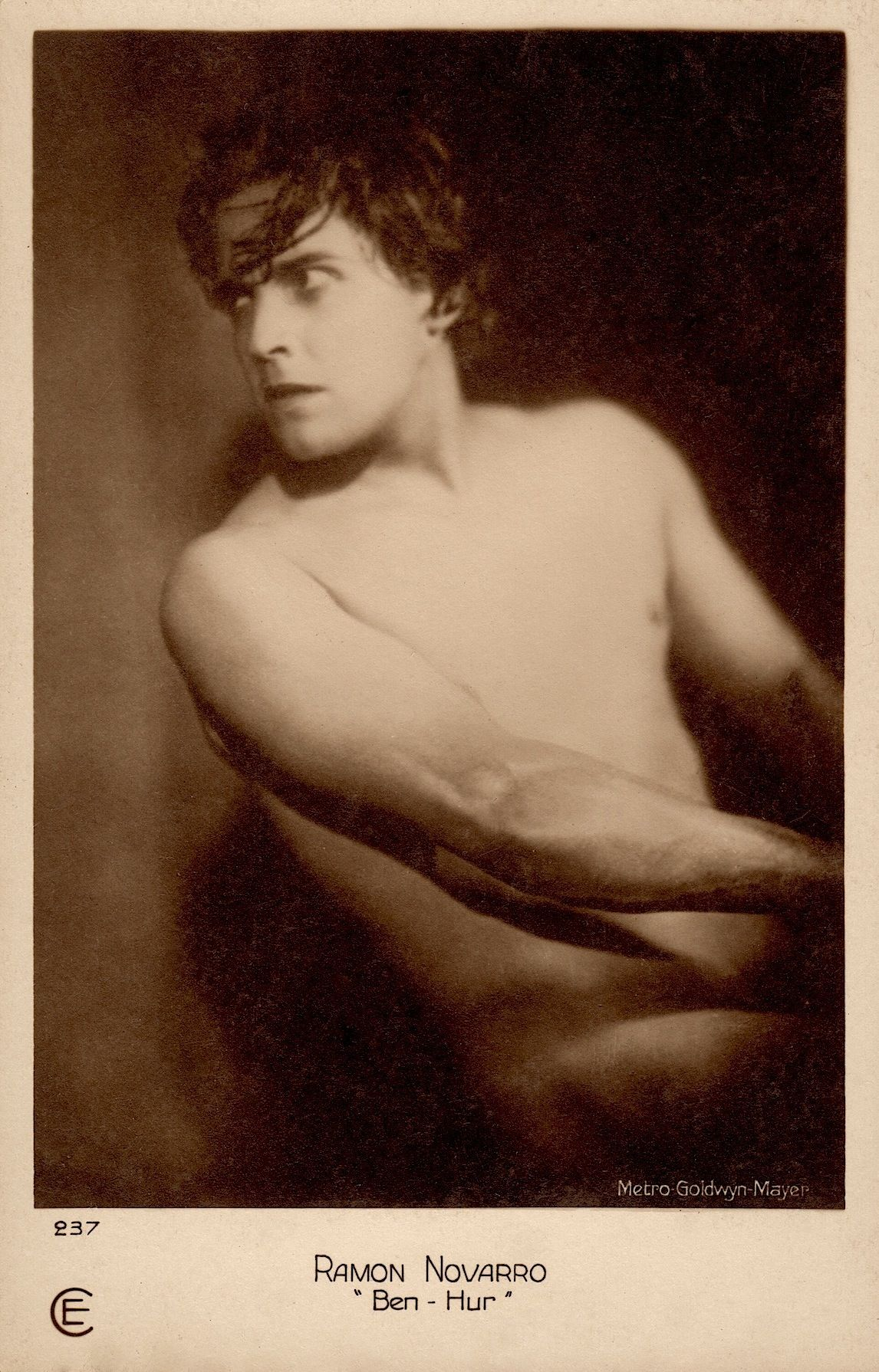 Ramon novarro nude in ben hur 1925 very rare vintage cinemagazine ramon novarro nude in ben hur 1925 very rare vintage cinemagazine paris postcard minkshmink kristyandbryce Images