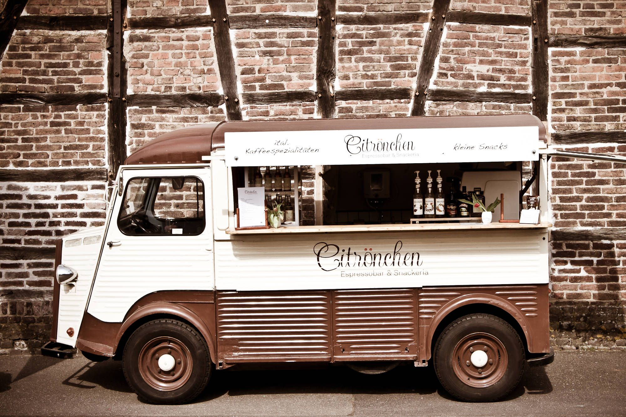 pin von lily 39 s party auf citroen h van pinterest vermietung umgebung und k ln. Black Bedroom Furniture Sets. Home Design Ideas
